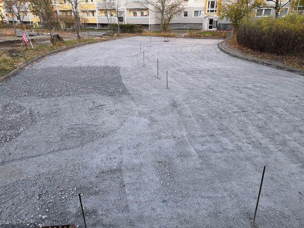 Verbesserung der Tragfähigkeit des Untergrundes auf dem Parkplatz Schönaer Straße in Dresden